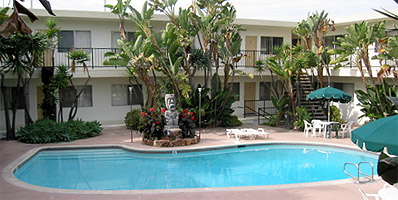 Tiki Apartments in Redondo Beach