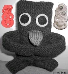 Knitted Maori tiki, by Pikininiz