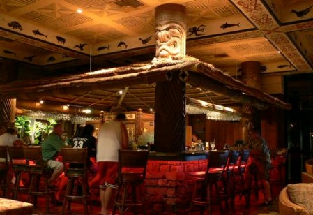 Bar at 'Ohana restaurant