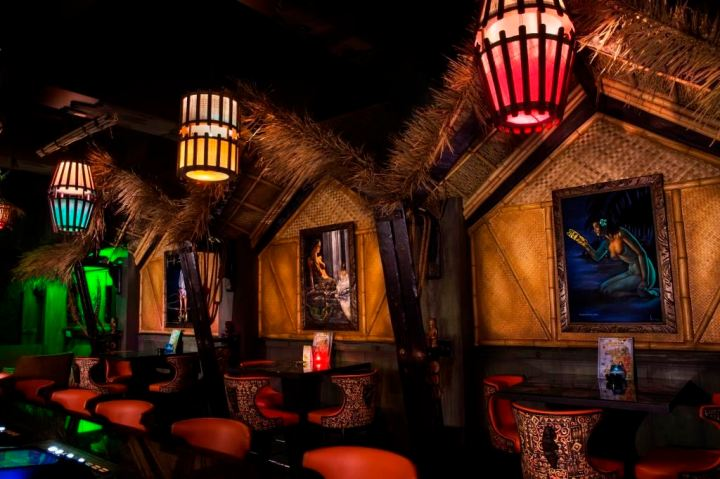 Booths at The Golden Tiki in Las Vegas