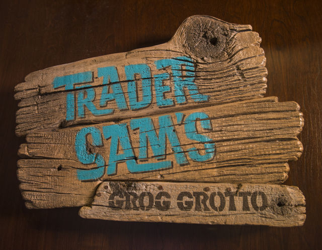 grog-grotto-sign