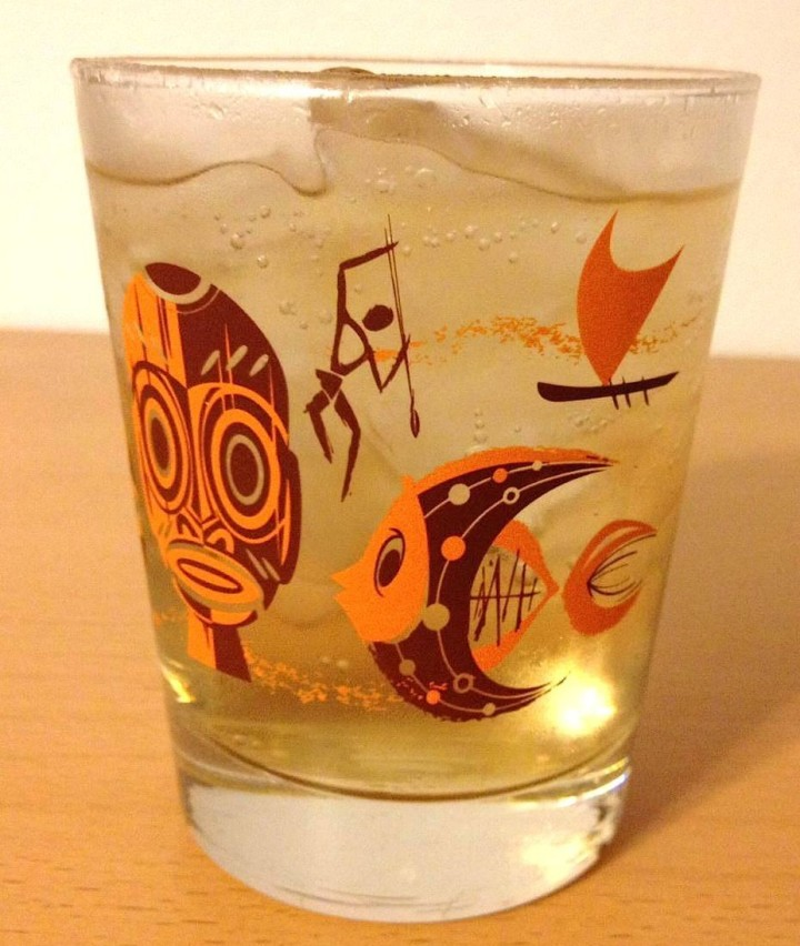 Hukilau glass, design by Mookie Sato, produced by South Pacific Promotions