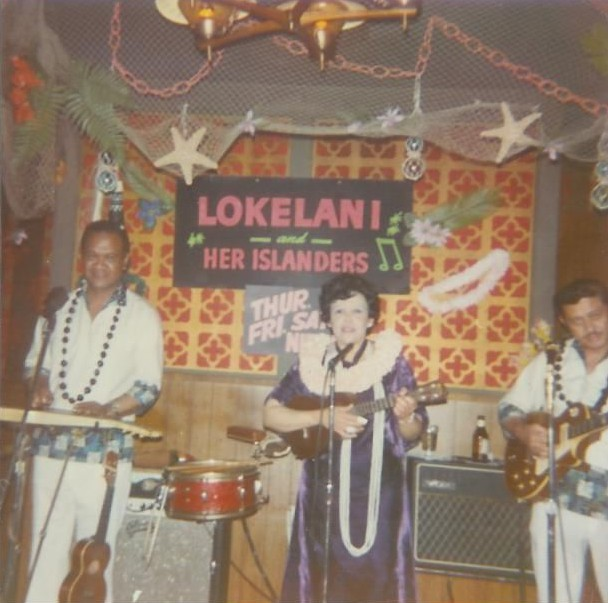 1968 photograph of Lokelani and Her Islanders performing at Tahitian Hut in San Francisco