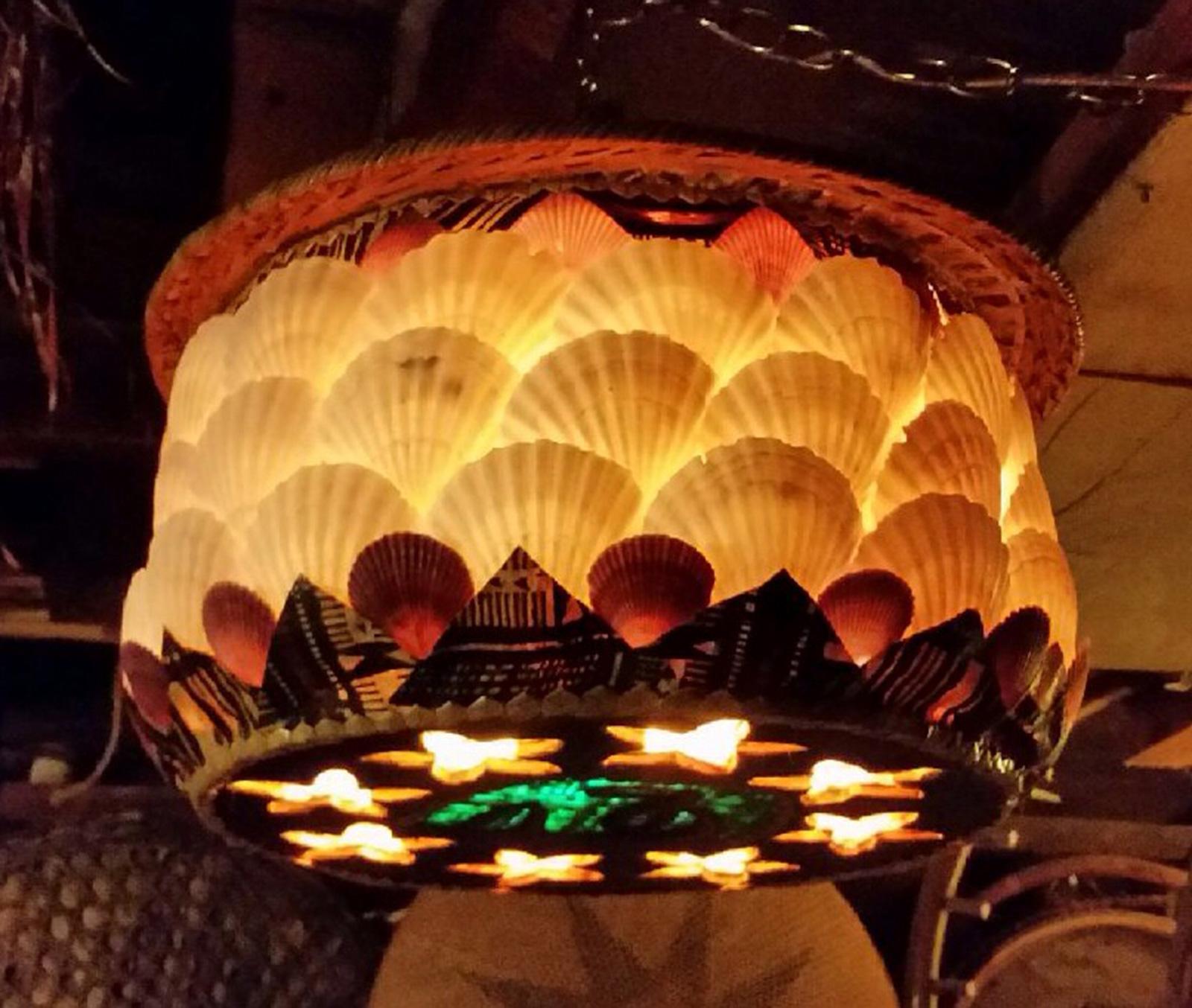 kahaka-lamp-large