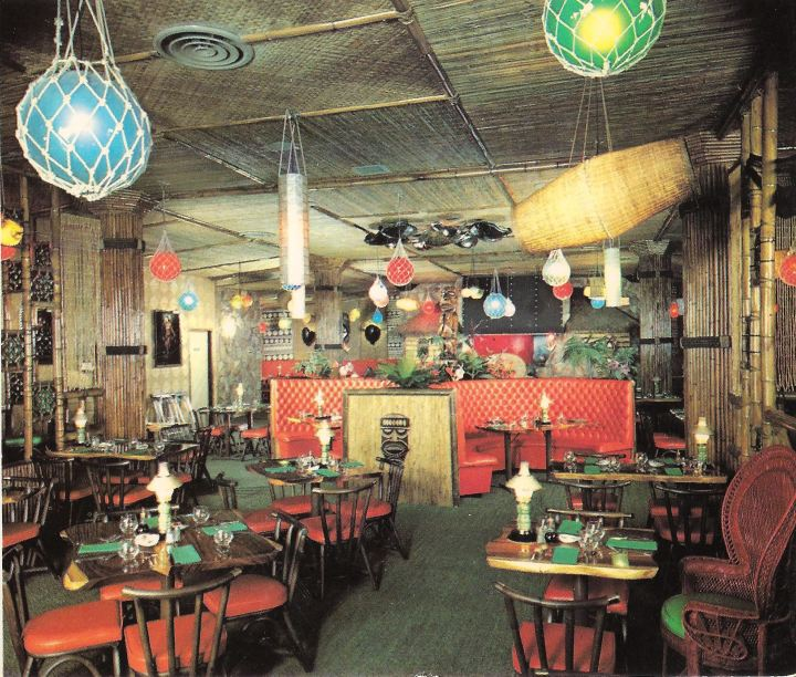 Inside The Beachcomber in Victoria, B.C., from a postcard in the collection of Dustycajun