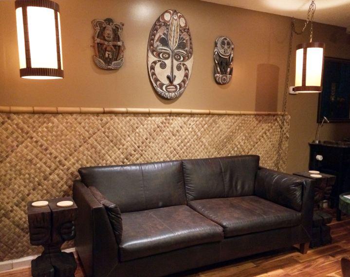 follynesia-couch