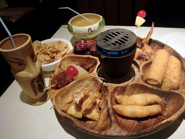 Flaming Pu-Pu Platter at Tiki-Tiki in Richmond, Virginia