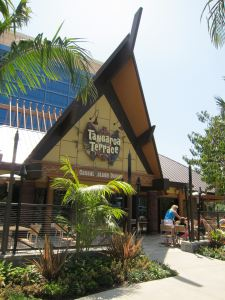 Tangaroa Terrace at Disneyland, photo by Humuhumu